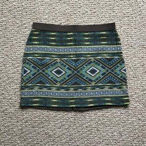 American Eagle Sz6 Tribal Print Mini Skirt
